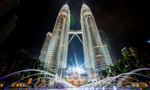 吉隆坡双子塔美丽夜景摄影图片