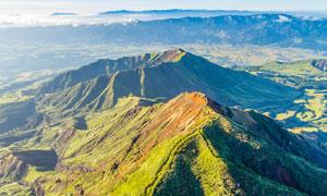 山顶美丽的风光航拍图摄影图片