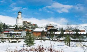 五台山冬季雪景全景摄影图片