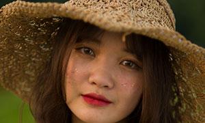 頭戴鏤空編織帽的美女寫真攝影原片