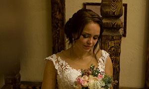 白色蕾絲婚紗美女內景攝影高清原片