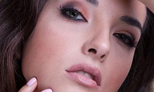 卷發美女妝容特寫攝影高清原片素材
