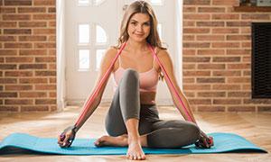 披肩卷發健身運動人物攝影高清圖片