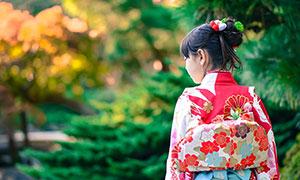 穿着和服的亚洲美女摄影图片