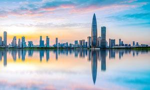 深圳华润总部大厦黄昏美景摄影图片