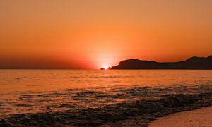 夕陽下的金色沙灘美景高清攝影圖片