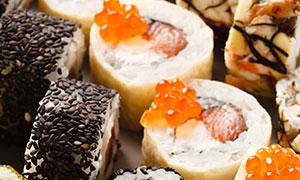 鱼子酱等多种口味寿司摄影高清图片