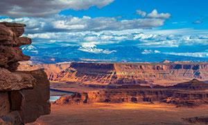 全景视角岩石地貌风光摄影高清图片