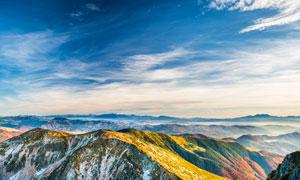 辽阔的山峰美丽风光摄影图片