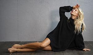 披肩金发欧美美女模特摄影高清图片