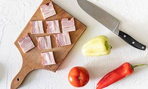 辣椒番茄鱼培根切片等摄影高清图片
