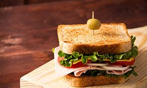 美味的火腿芝士三明治摄影高清图片