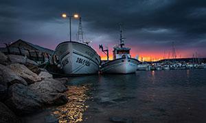 夕阳西下码头船只风光摄影高清图片