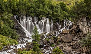 树木植被山涧瀑布风景摄影高清图片