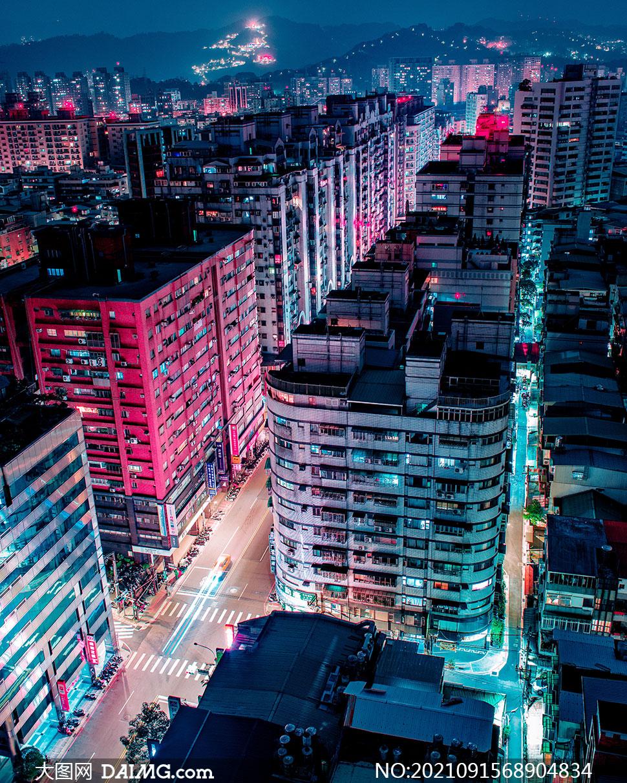 航拍镜头下的城市夜景摄影高清图片