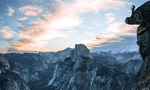 天空云彩连绵山峦风光摄影高清图片