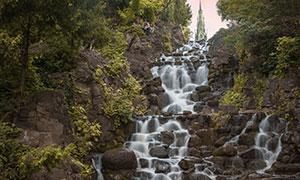 山间树木流水瀑布风光摄影高清图片