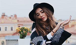 戴黑色帽子的美女人物摄影高清图片