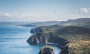 蓝天白云海岸自然风景摄影高清图片