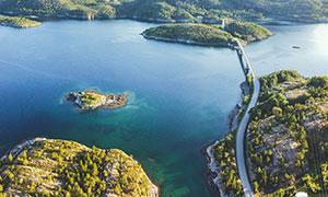 航拍視角島嶼橋梁風景攝影高清圖片