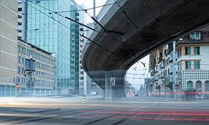 城市建筑物与高架道路摄影高清图片